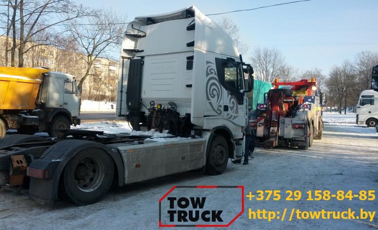 грузовой эвакуатор для тягача
